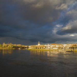 Ciel d'orage sur Libourne